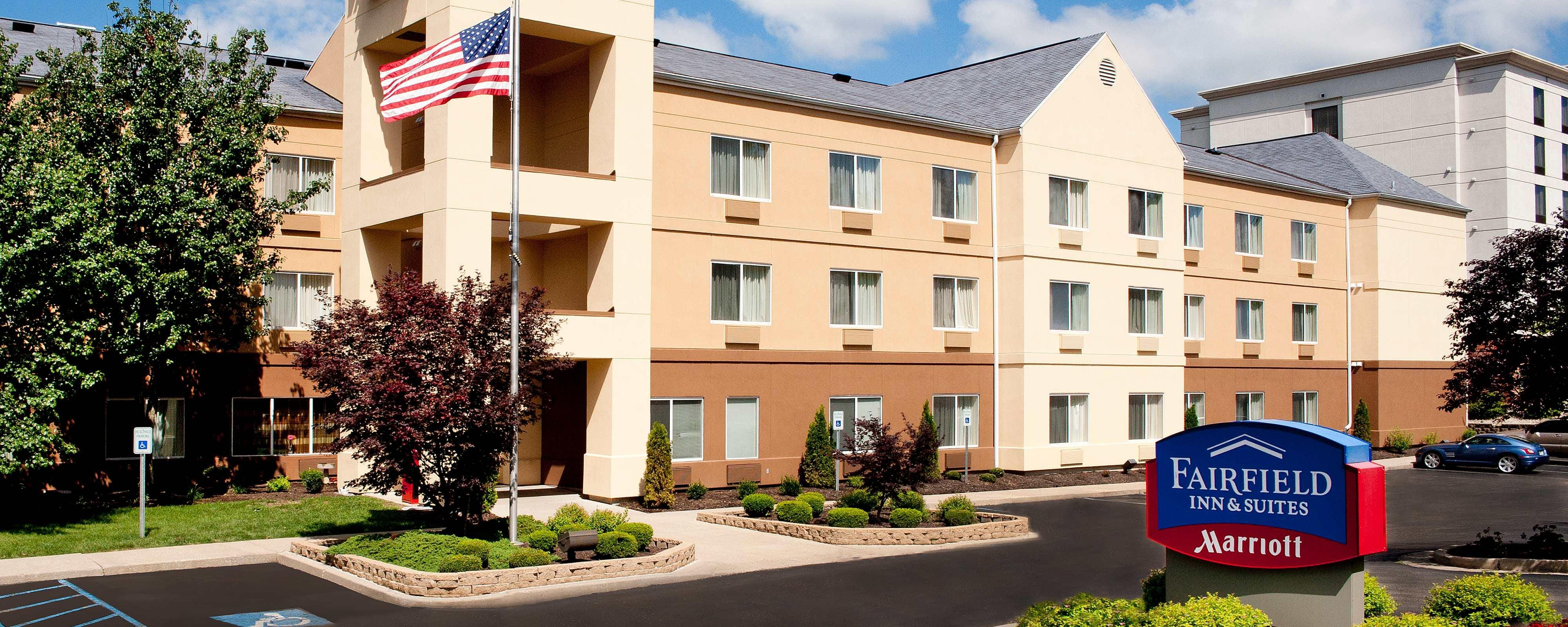 Exterior Fairfield Inn Bloomington IN