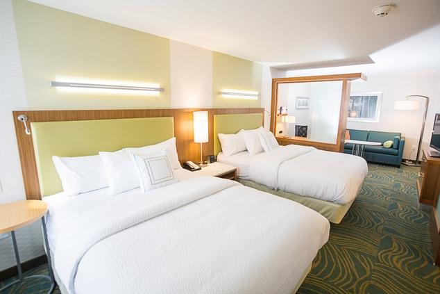Bloomington IN Suites