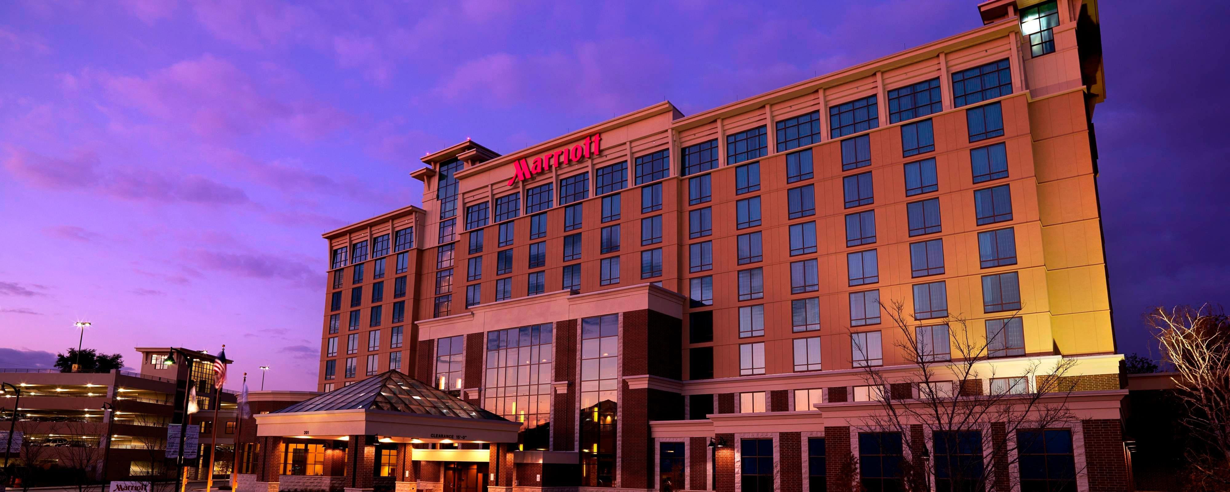 Hotels In Normal Il Bloomington Normal Marriott Hotel