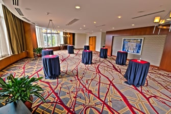Cresent Meeting Room