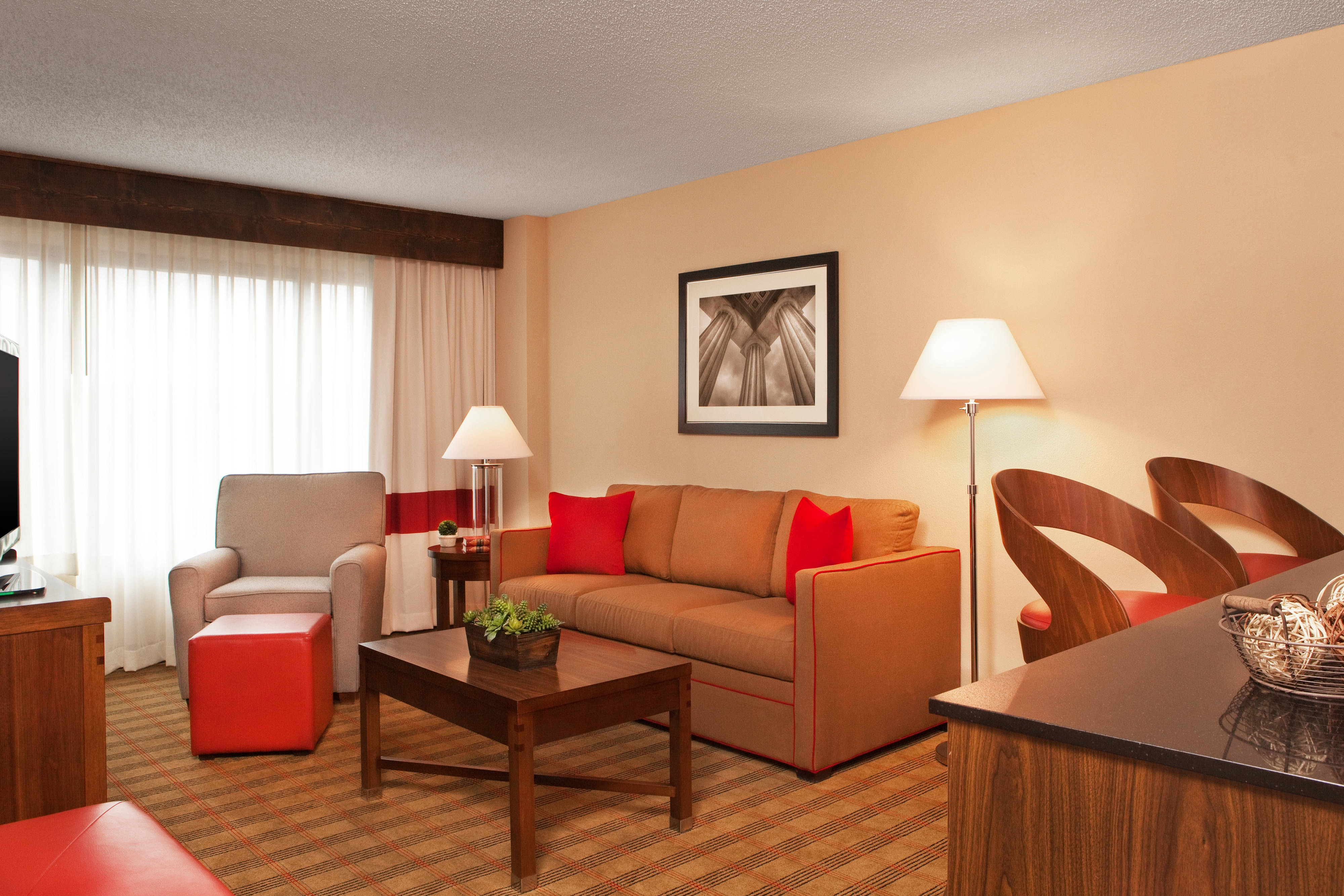 King Executive Suite - Living Area