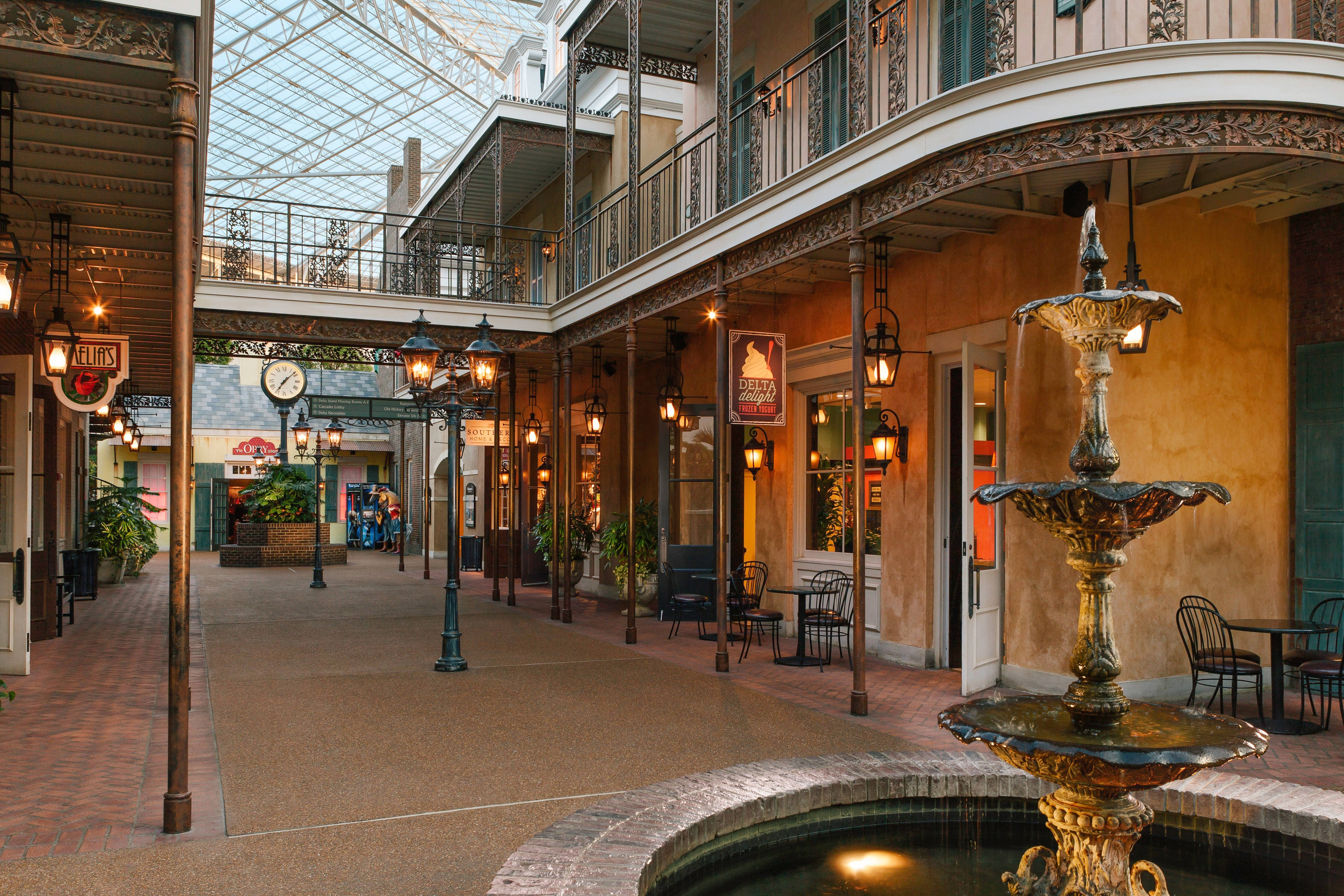 Shopping at Gaylord Opryland