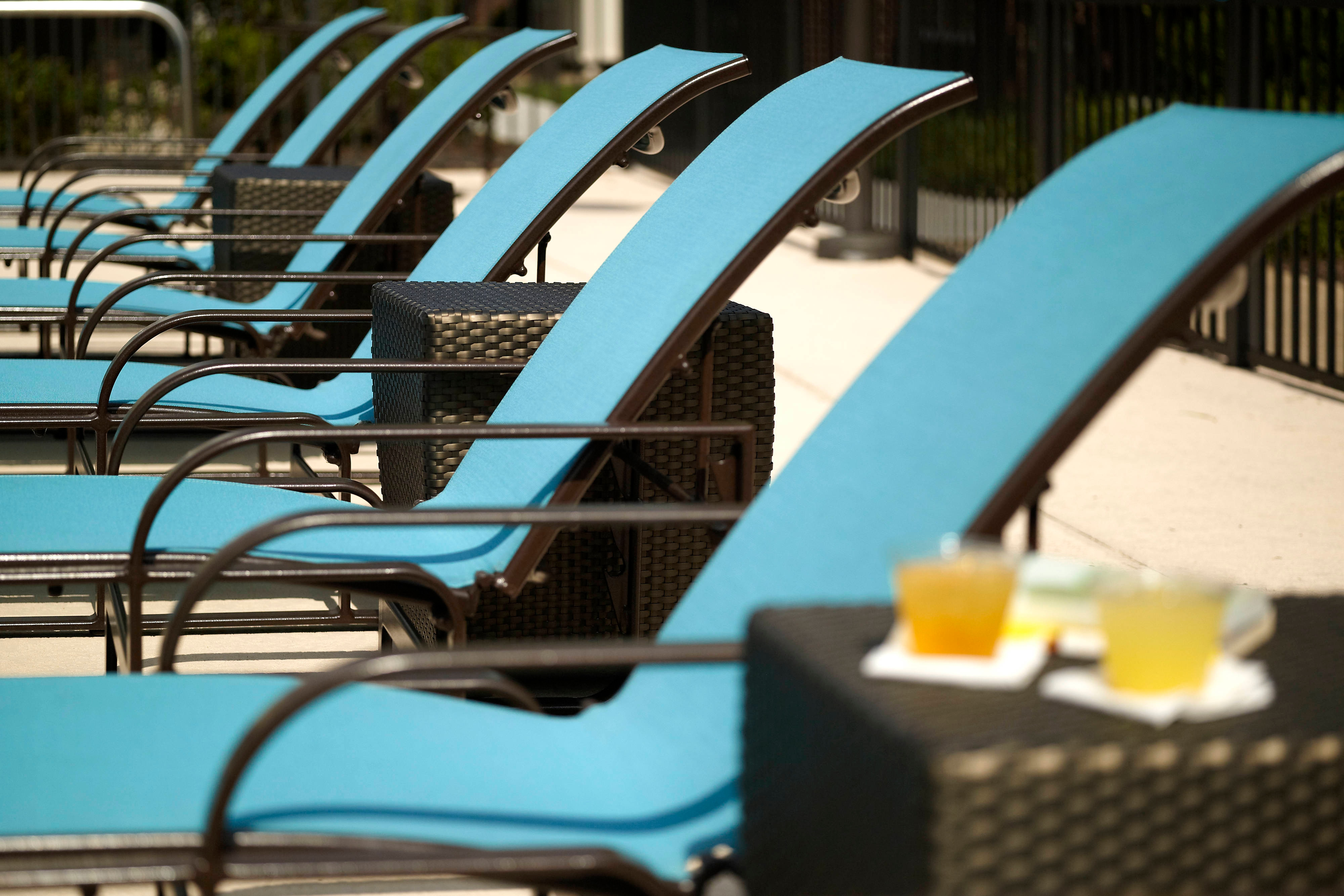 Residence Inn Outdoor Pool Lounge Chairs