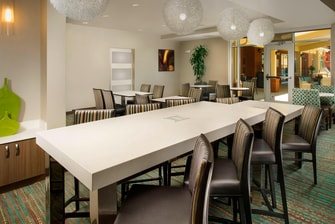Murfreesboro Residence Inn Communal Table