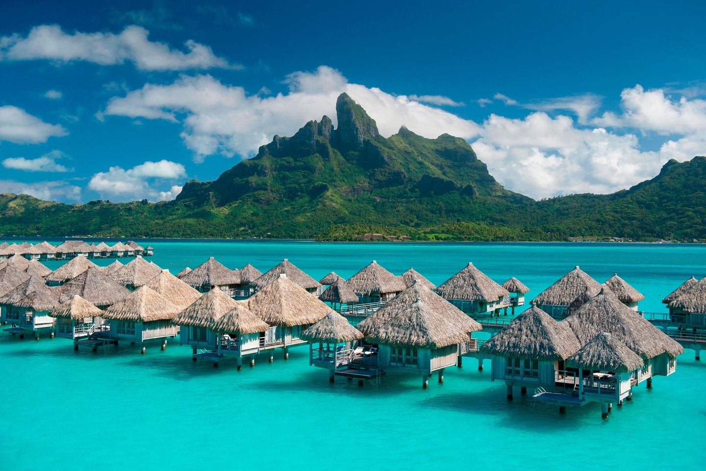 Best Bora Bora Luxury Overwater Bungalow Resorts You Can Book For Free With Points
