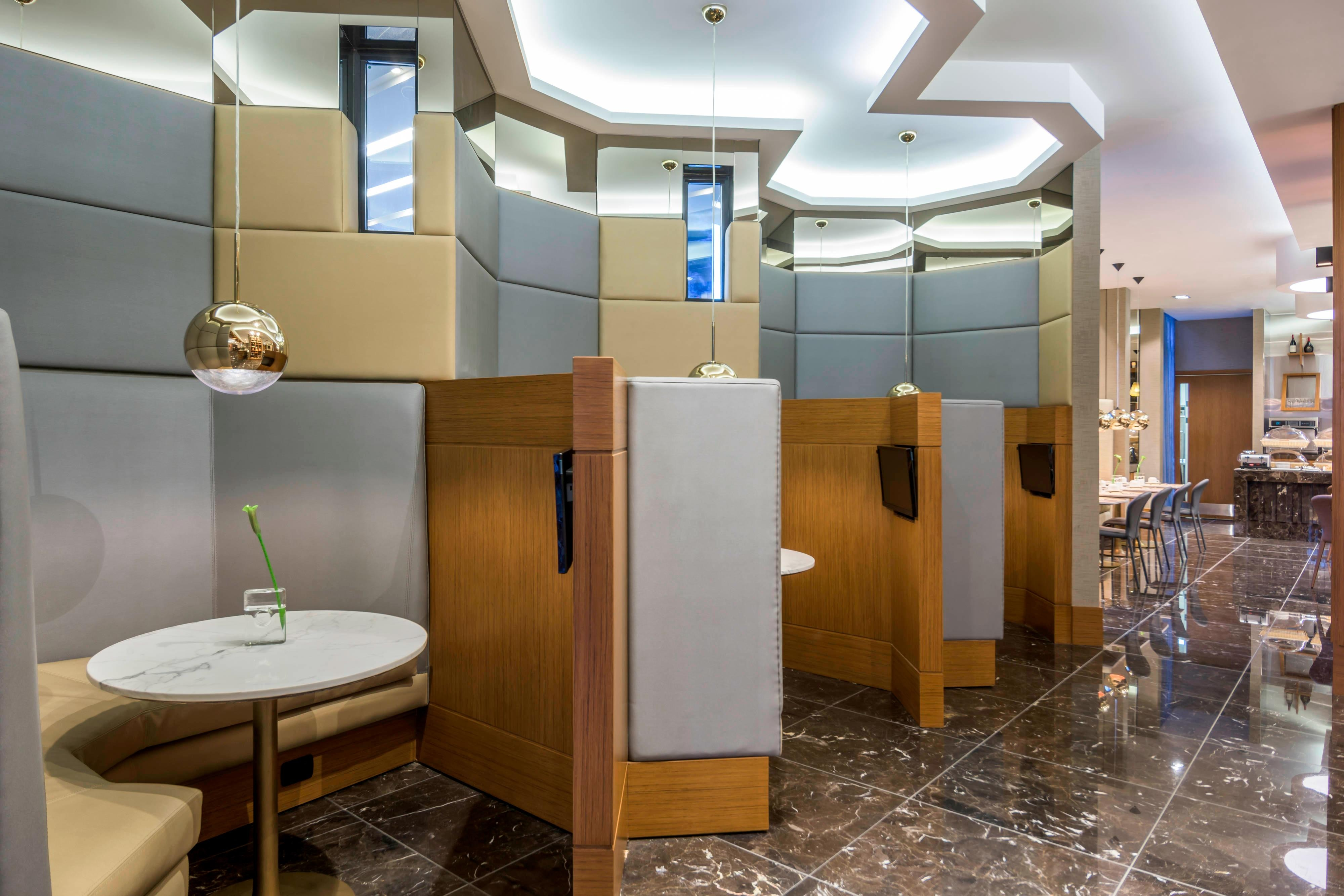 Airport Hotel Media Pods