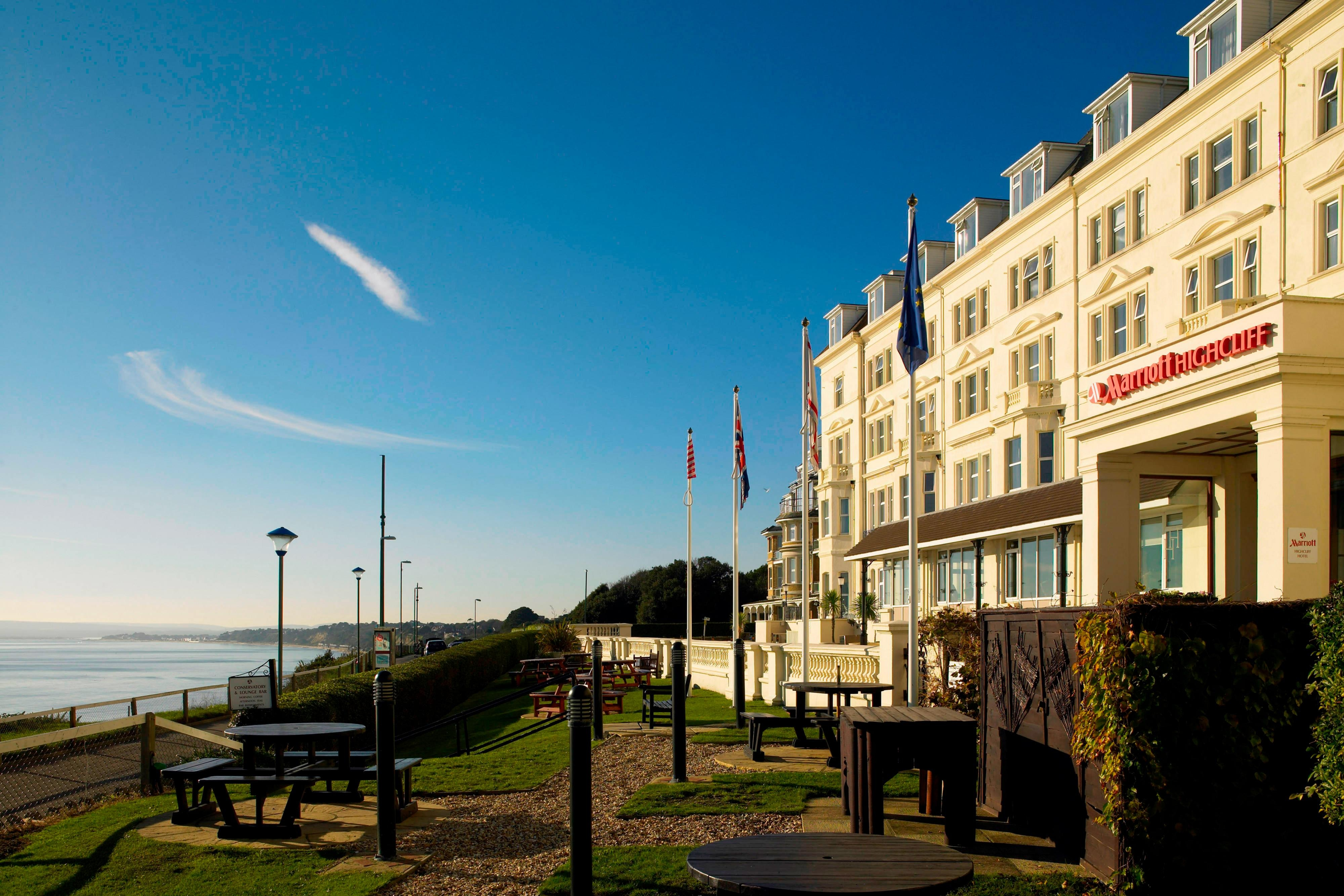 Fachada del Bournemouth Highcliff Marriott Hotel