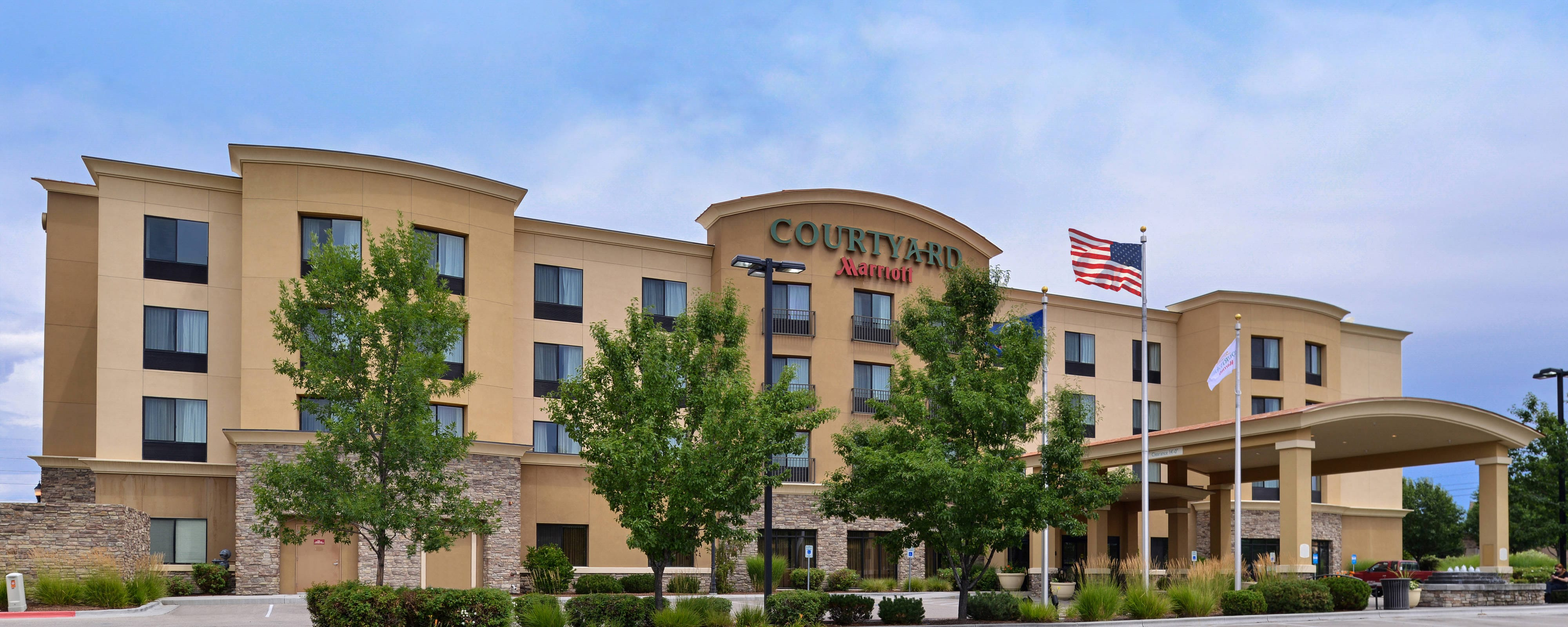 Boise Airport Hotels With Free Transportation Courtyard West Meridian