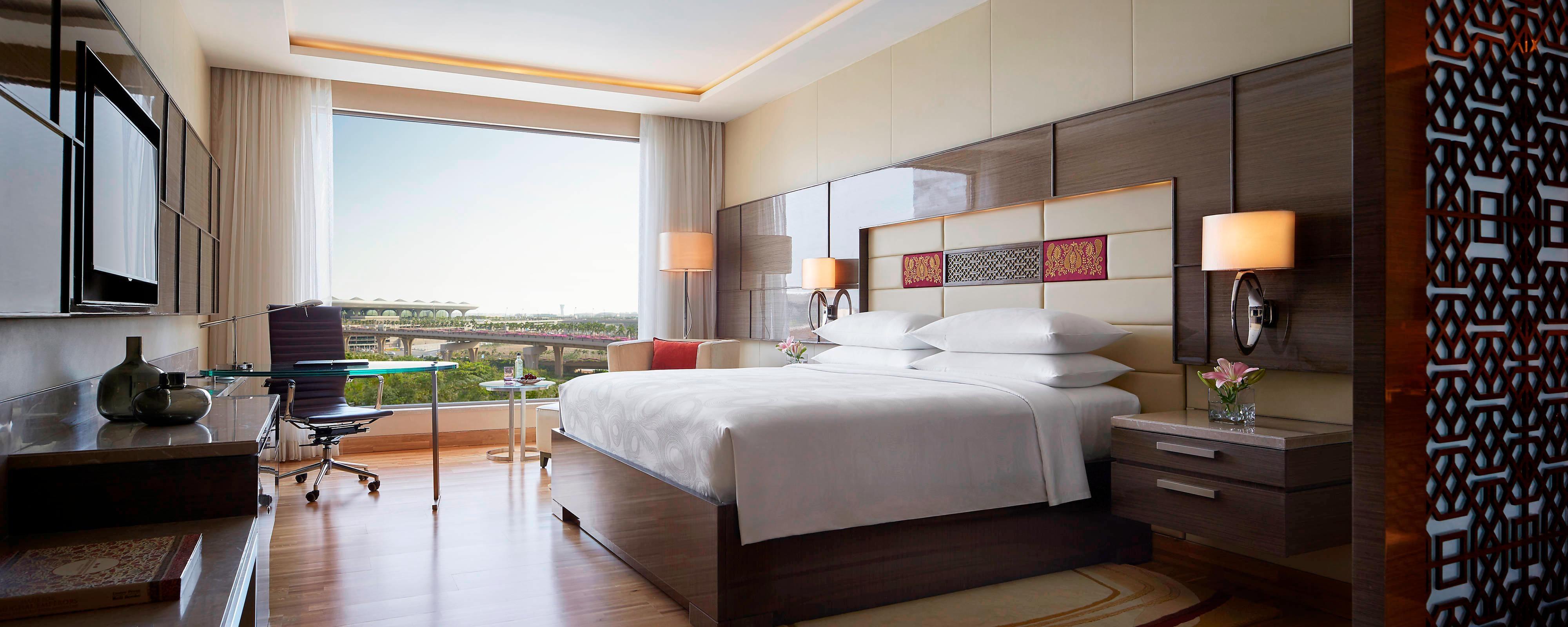 5-star Mumbai hotel suite