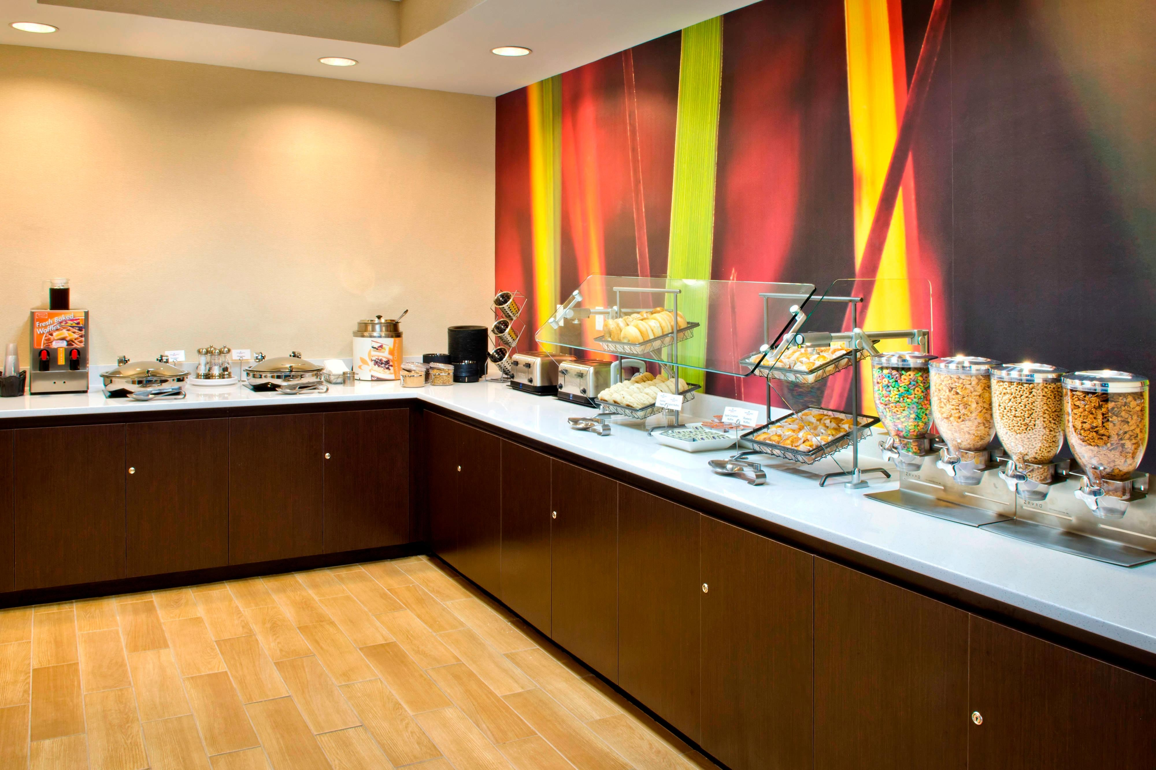 Andover Hotels - Breakfast Area