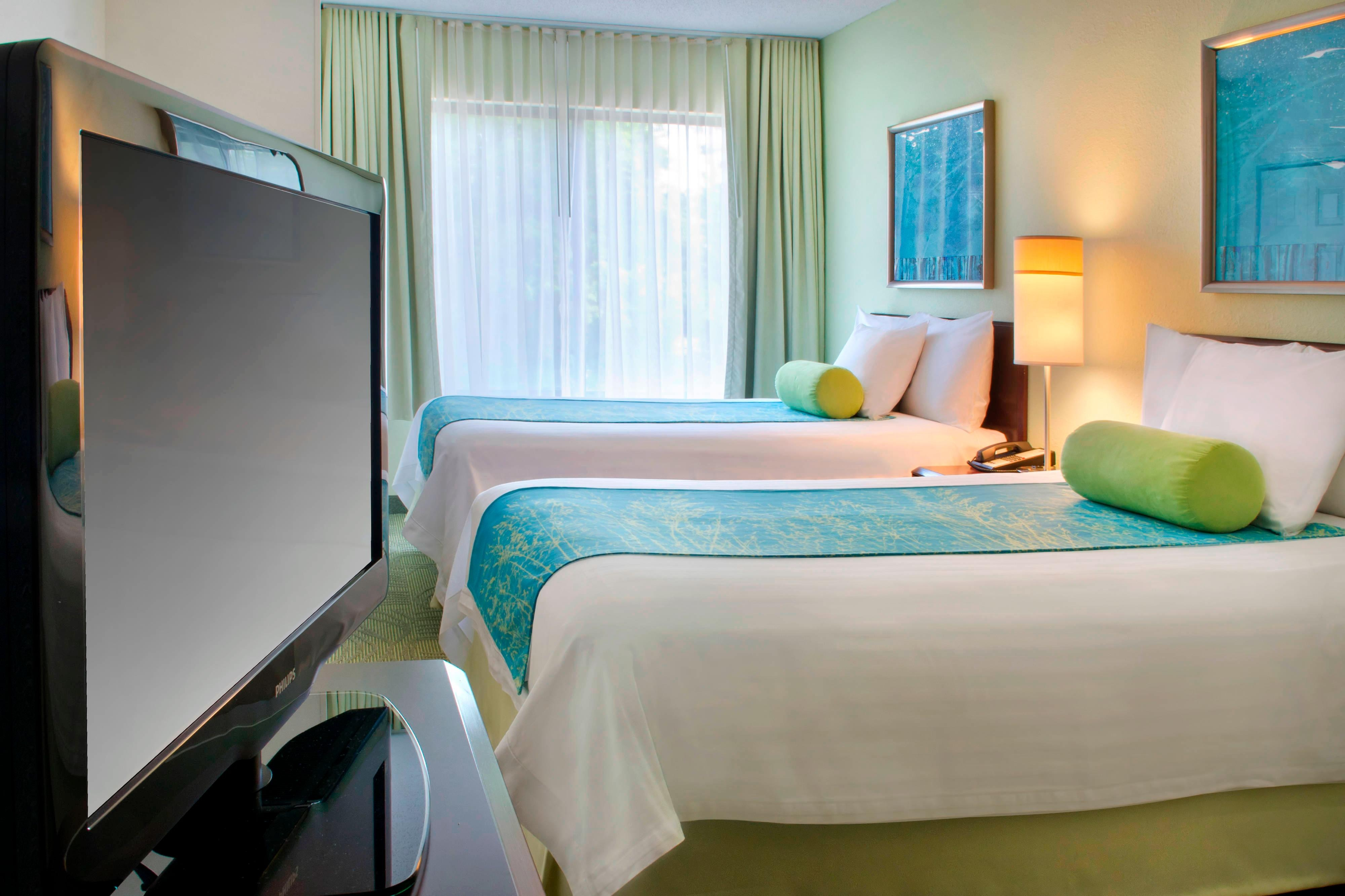Andover Hotels - Double/Double Suite