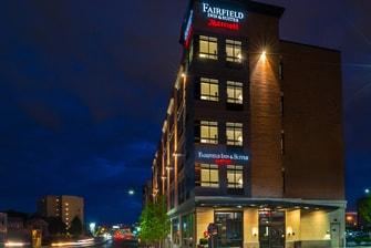 Fairfield Inn & Suites Boston Cambridge - Entrance