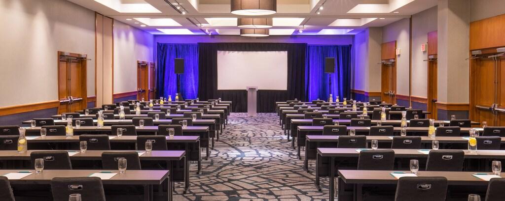 Hunsaker Ballroom - Classroom Meeting