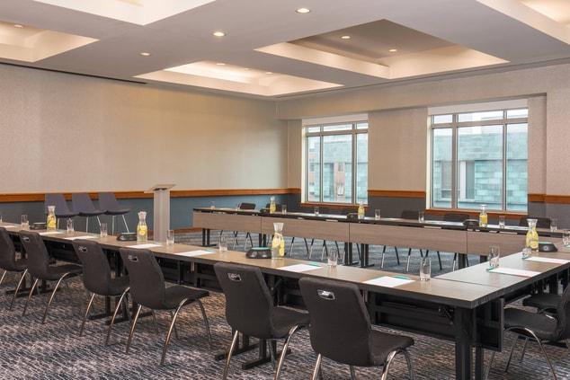 Taylor Room U-Shape Meeting