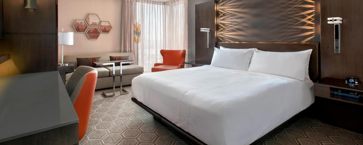 4-Star Hotel in Downtown Cambridge, MA | Boston Marriott