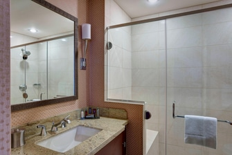 Baño de la suite Presidencial del Boston Marriott Copley Place