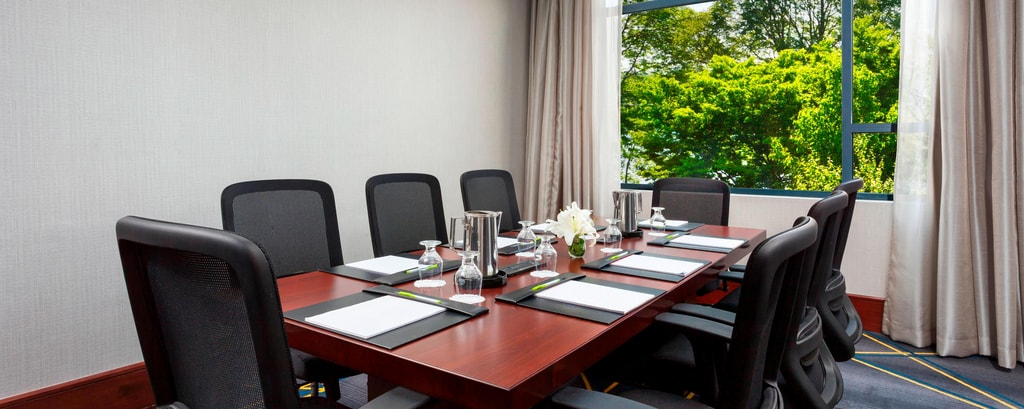 Ensure a productive meeting with our private boardroom.