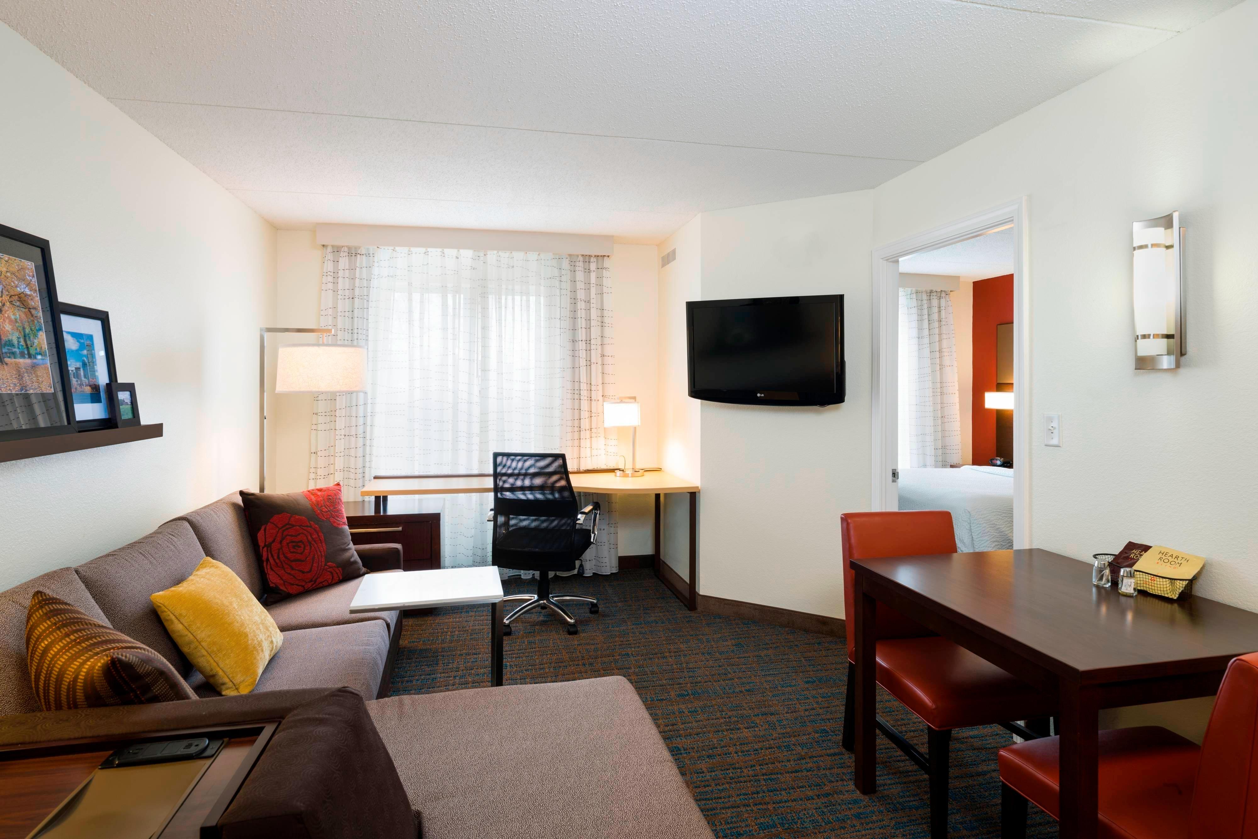 Framingham hotels residence inn boston framingham - Hotels with 2 bedroom suites in boston ma ...