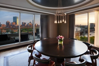 Ebersol Suite - Dining Room