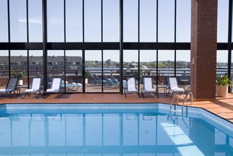 Piscina cubierta en Long Wharf, Boston
