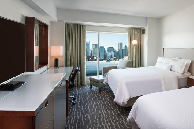 Double/Double Guest Room City View