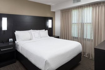 Large one bedroom suite