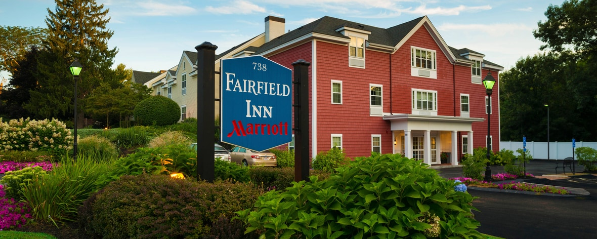 Fairfield hotel near historic sites