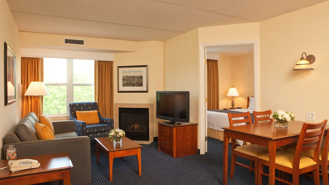 Residence Inn Boston Woburn Two-Bedroom Suite