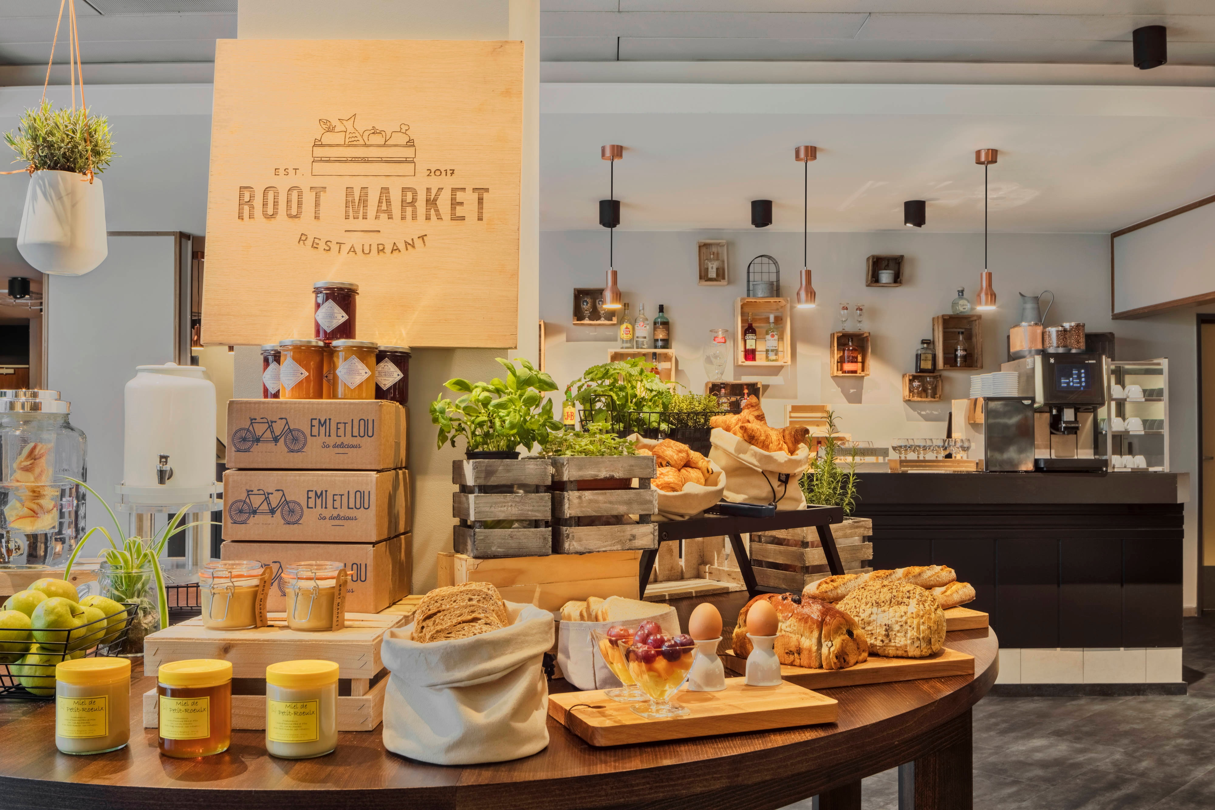 Root Market Restaurant