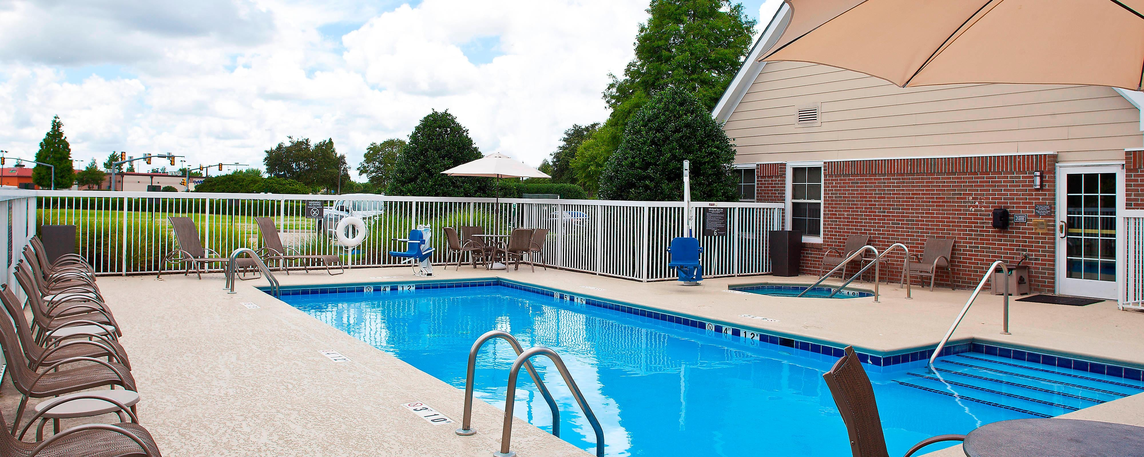 Residence Inn Baton Rouge Outdoor Pool