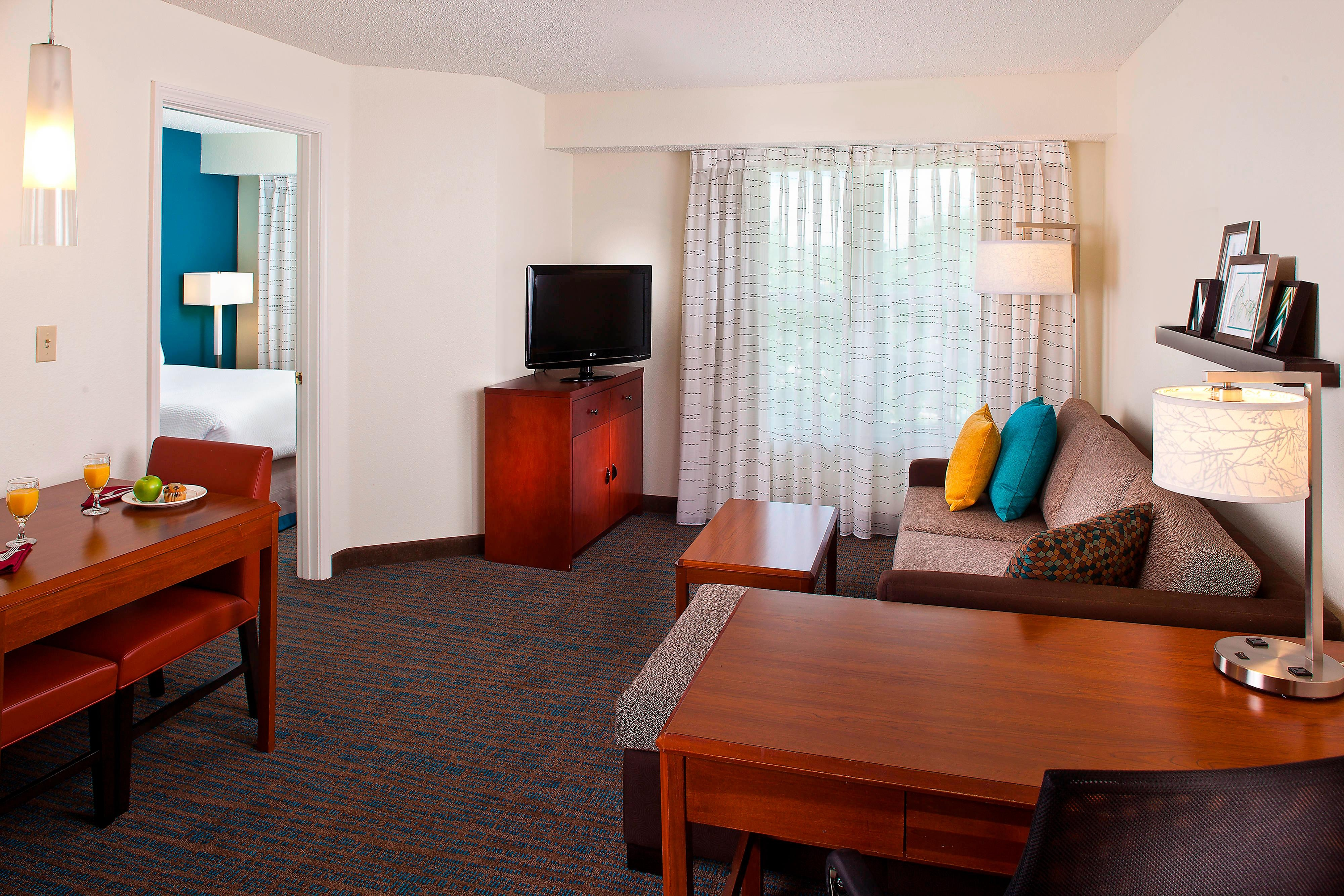 Residence Inn Baton Rouge One-Bedroom Suite