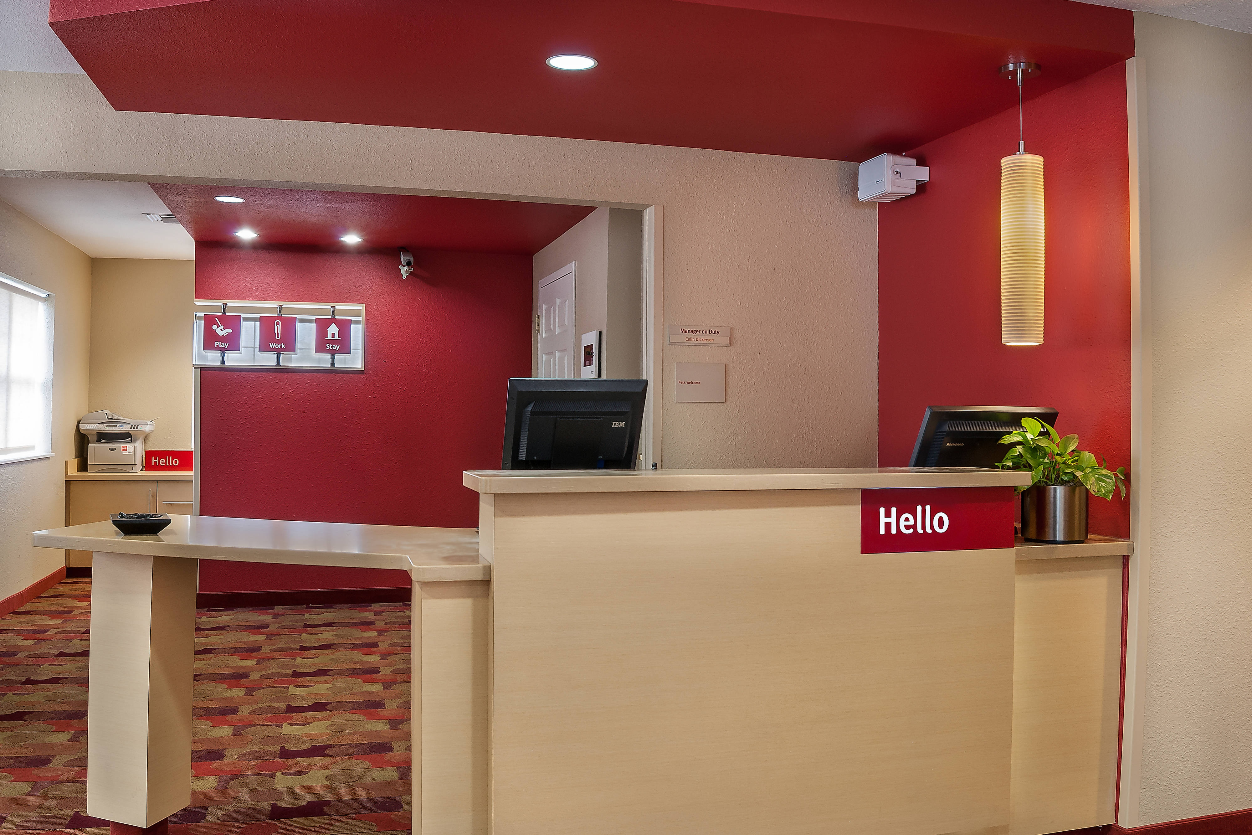 TownePlace Baton Rouge Front Desk