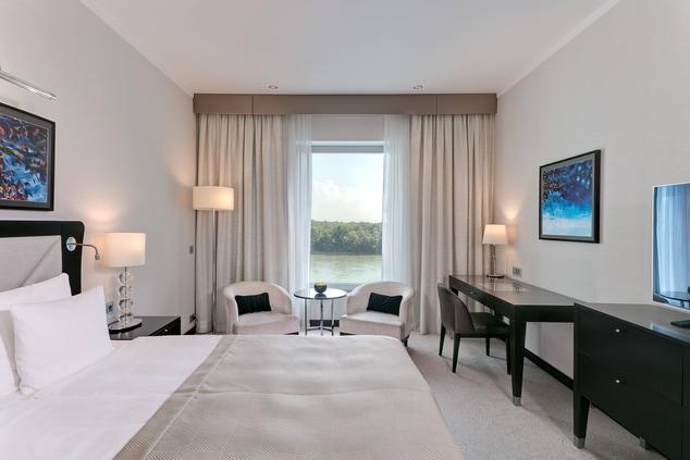River Side Room