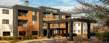 Courtyard Burlington Williston