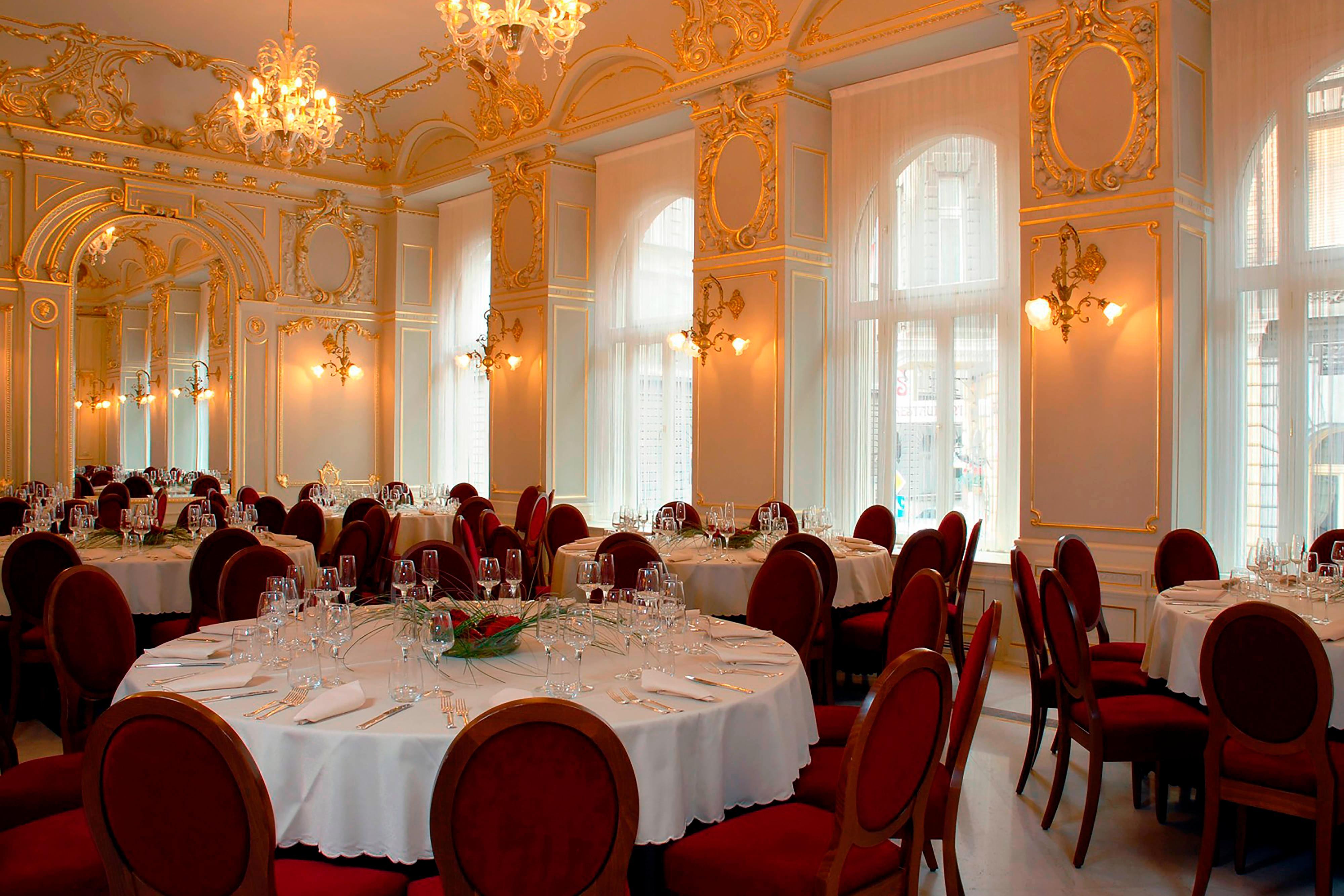 Restaurant-Veranstaltungsort für Gruppen in Hotel in Budapest