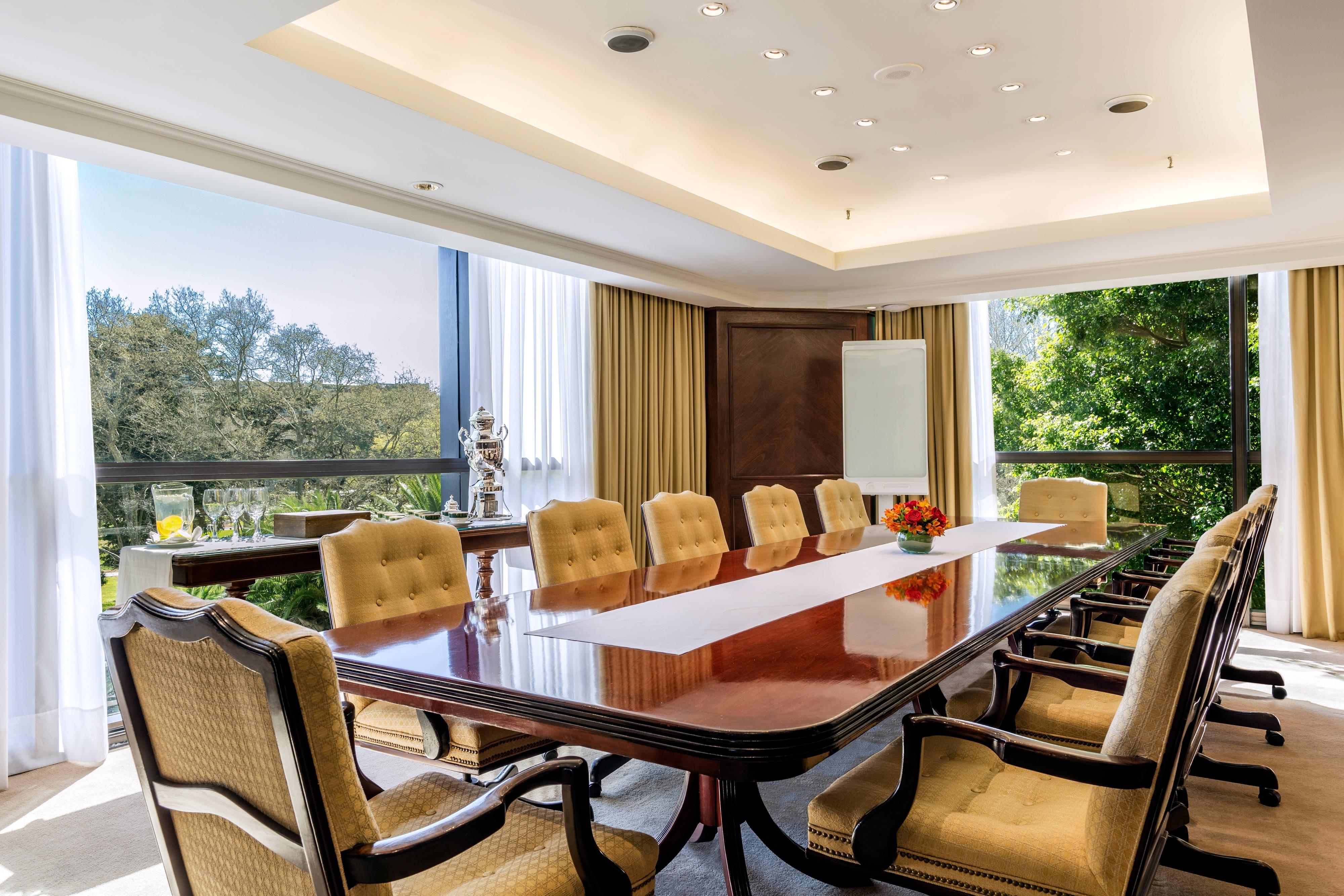 Ceibo Boardroom