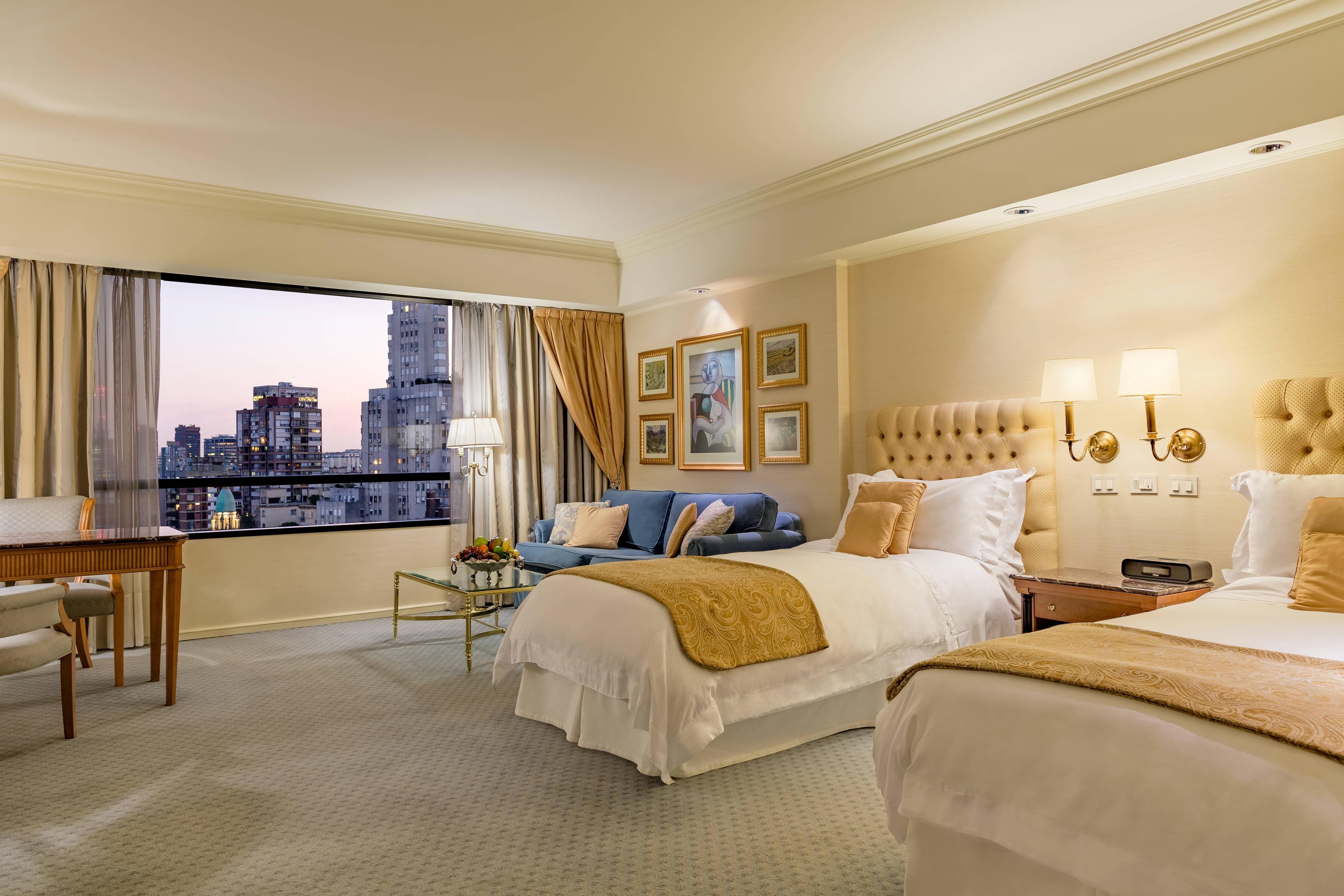 Twin Deluxe Guest Room Bedroom