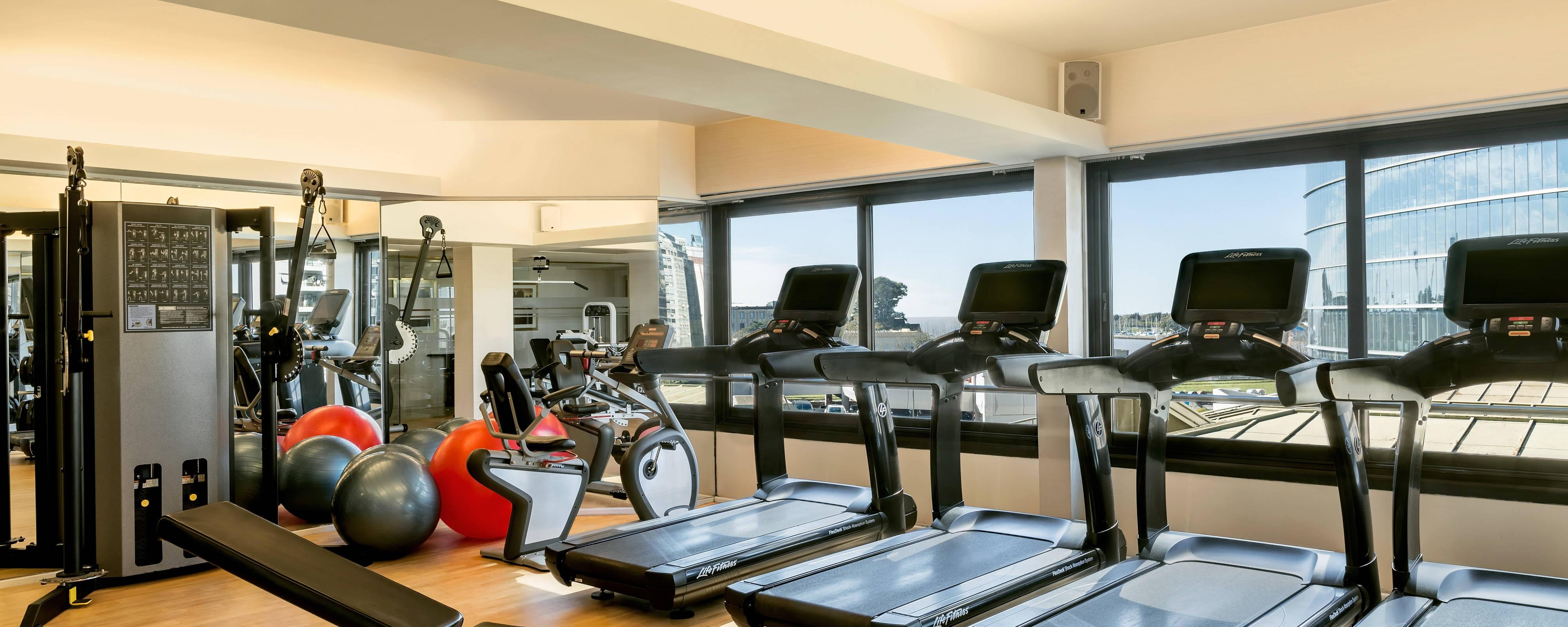Hotel gym recreation park tower a luxury collection hotel
