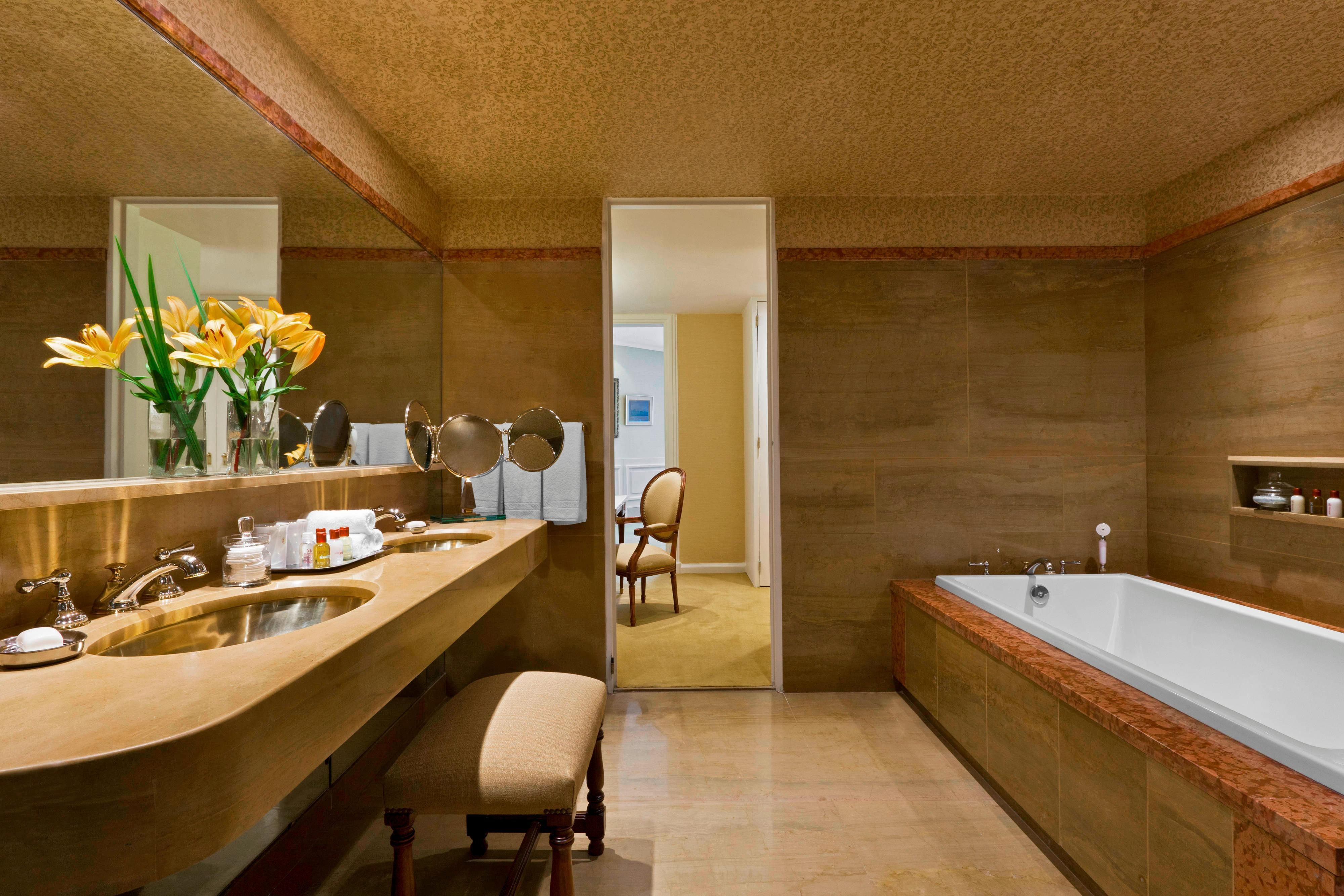San Martin Suite - Bathroom