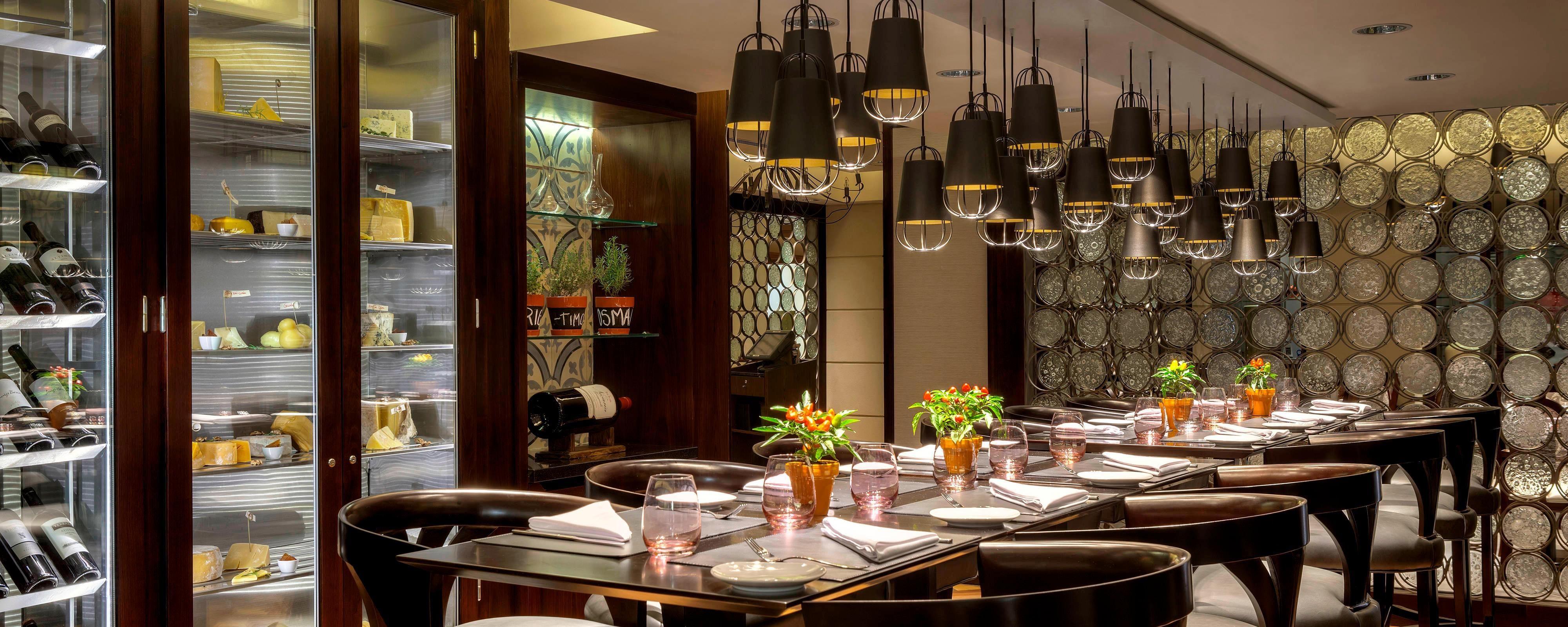 Buono: Restaurant serving excellent Italian cuisine 73