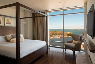 Buffallo Marriott Presidential Suite Bedroom