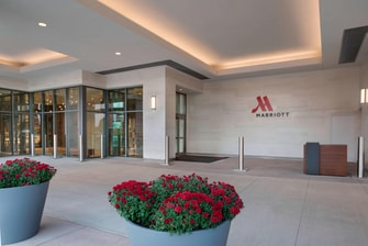 Porte Cochere Buffalo Marriott HARBORCENTER