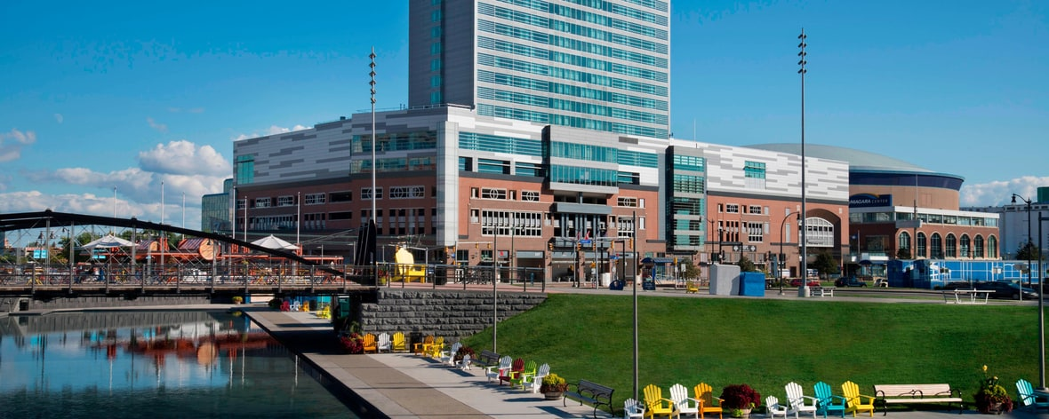 Buffalo Marriott HARBORCENTER Exterior