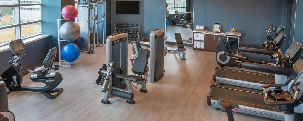 Fitnesscenter im HARBORCENTER Marriott Hotel