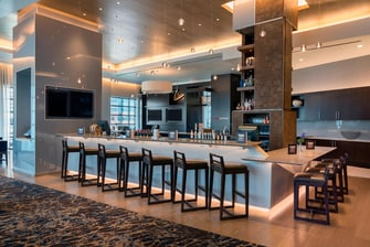 HARBORCENTER Marriott Hotel Restaurant Bar