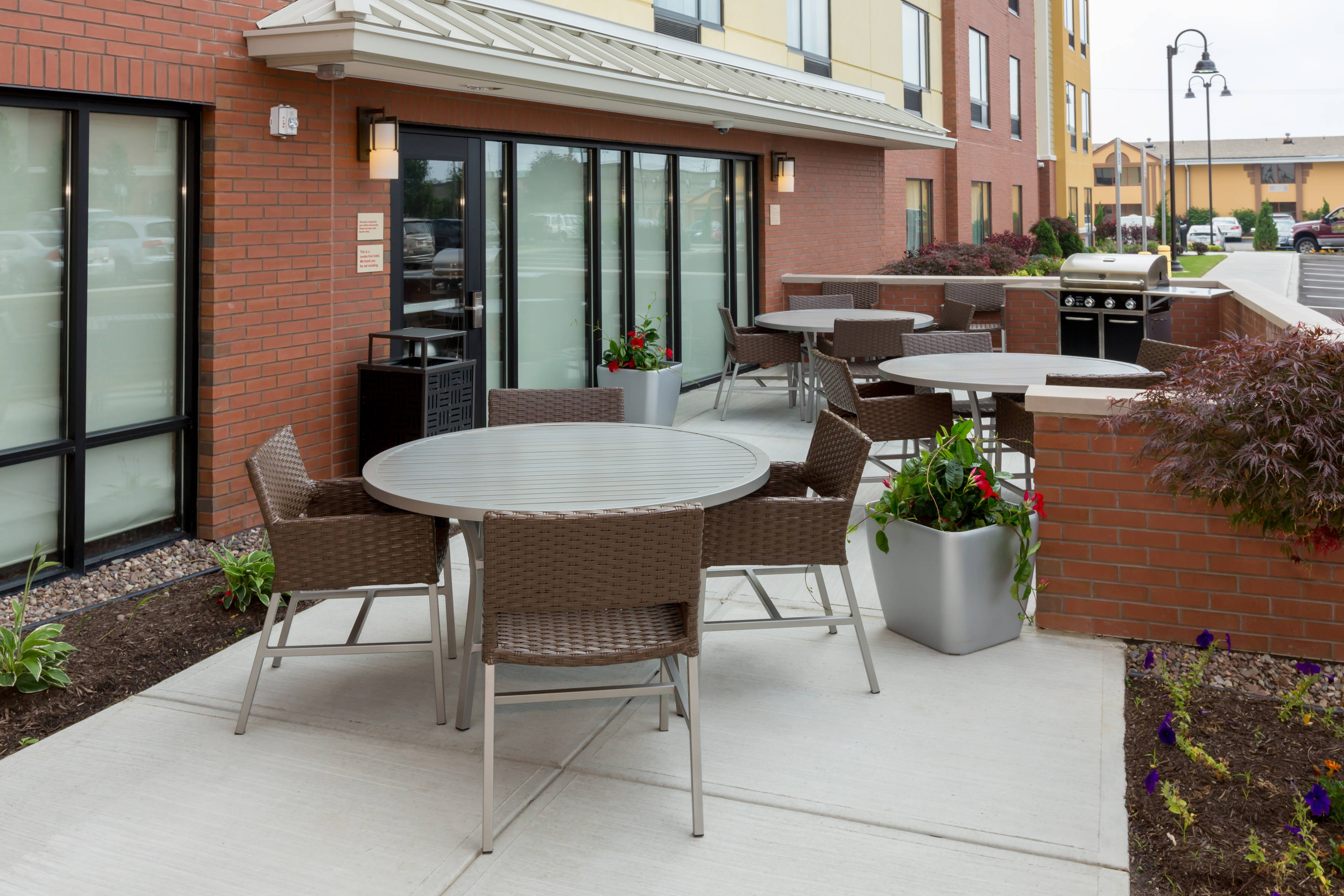 Buffalo Hotel Patio and BBQ