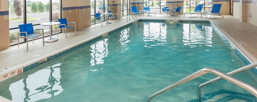 Towneplace suites buffalo airport hotel para viajes for Walden 7 piscina