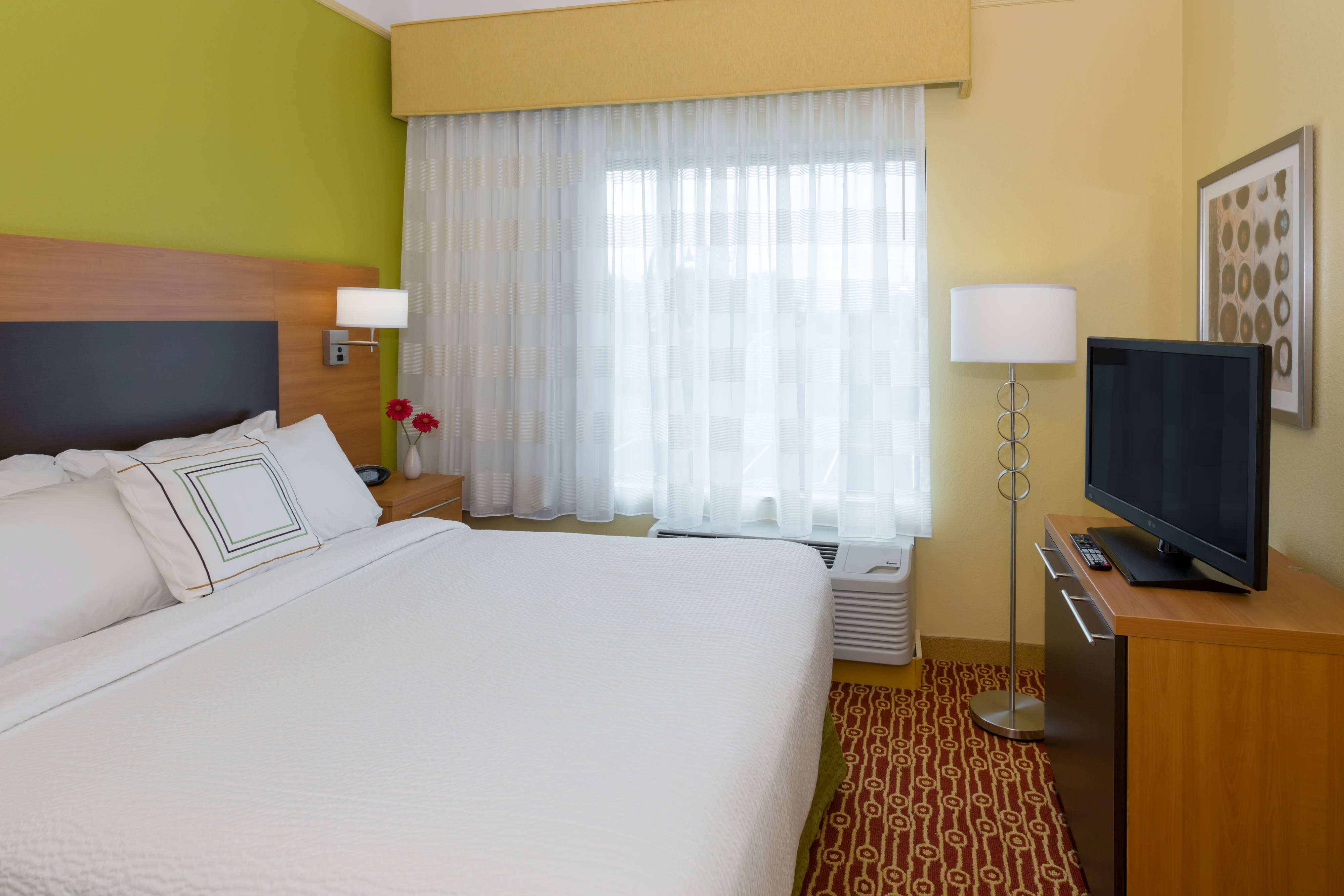 Queen Bedroom at Hotel Near Buffalo Airport