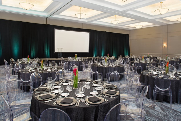 Meeting Room – Banquet Setup