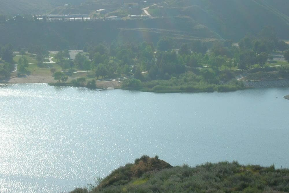 Castaic Lake – Santa Clarita Courtyard